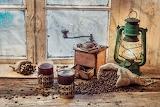 vintage grinder & lantern