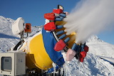 Snow-cannon