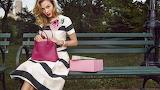 Look, girl, park, box, dress, bag, woman, bench, retro, vintage,