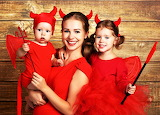 #Devilish Halloween Family