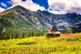 Poland-Hala-Gasienicowa-Tatra-Zakopane-sunny-day