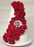 Romantic roses wedding cake