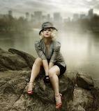 Femme dans la brume
