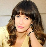 Jigsaw Challenge: The Stunning Linsey Godfrey
