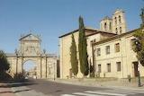 Monastery Benedictino de San Benito outside Sahagun Arch