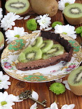 Chocolate kiwi pie