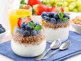 Yogur,granola y arandanos