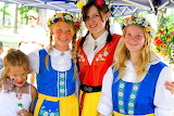 Girls in traditional Swedish costumes