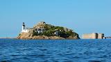 Phare sur l'île de Louet et château du taureau - Carentec