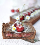 Chocolate cheesecake cherry tart