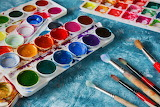 Pinceles y pinturas