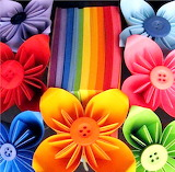 Post-it Notes and Button Flowers