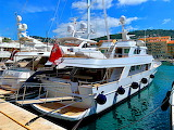 Yacht, France