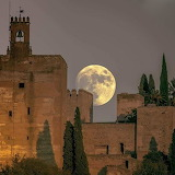 Super-lune-les-plus-belles-photos-des-internautes-a-travers-le-m