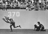 Rick Monday saves flag from being burned 1976
