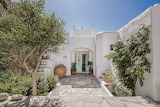 Luxury Mykonos Villa entrance door and garden