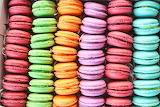 Colours-colorful-macaroons