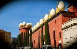 Figueres, Musée Dalí, Façade