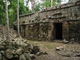 Zona Arqueológica de Santa Rosa Xtampak