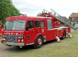 Dennis 1977 F123 Magirus 100' Turntable