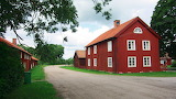 Farm by a country road - Royaltyfree from Piqsels id-fccli