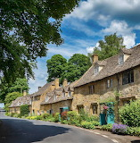 ^ Snowshill in the Cotswolds, England