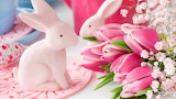 Easter-decoration-bunny-pastel-pink-flowers