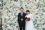 Photo-wedding love is beatiful. woman and men
