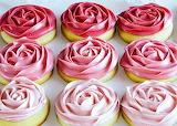 Rosy cupcakes @ Recipeler