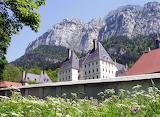 Le-monastere-de-la-grande-chartreuse-n-est-pas-accessible-au-pub