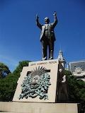 Argentina, Juan Peron statue