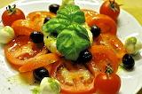 Amanida de Tomàquet i Mató - Tomato and Mató Salad