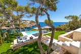 Luxury pool and seaview garden terrace in Mallorca