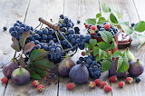 Berries, raspberry, grapes, fruit, figs, food, leaves, basket