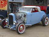 Ford hot rod with sidevalve V8 engine