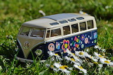 Volkswagen Bus - Photo by Alexas Fotos from Pixabay