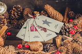 Pinecones and gift tags