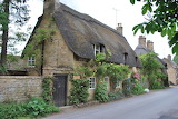 ^ Home in Broadway Cotswolds England