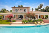 Pretty French countryside villa, garden and pool