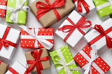 Colourful Gifts @ 1zoom.me...