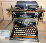 Sholes Glidden typewriter 1874