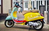 Vespa-scooter-transport