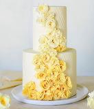 Rosy cake art by Maggie Austin