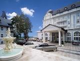 Mariánské Lázně, Esplanade Hotel, cars, CZ