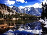 Puzzle mountain lake