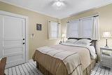 Guest Bedroom (14 of 14)