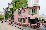 Cafe La Maison Rose Montmartre France