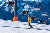 Ski, snowboarding
