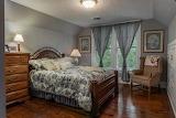 Guest Bedroom (12 of 17)