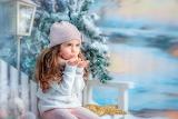 Girl, winter, snow, snowflakes, tree, lantern, child, bench
